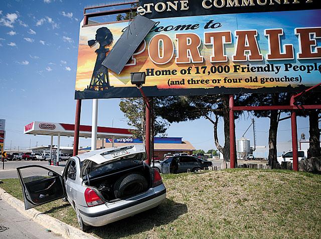 portales sign_127955