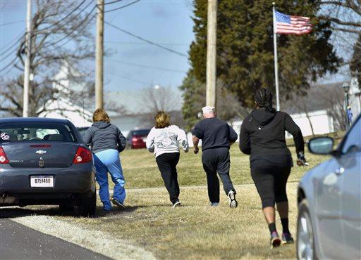 APTOPIX School Shooting Ohio_323726