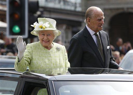 APTOPIX Britain Queens 90th_354932