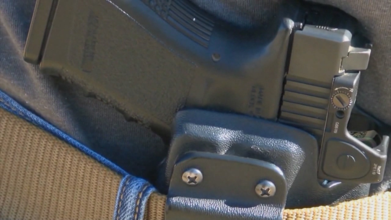 Questions raised over allowing guns on UNM campus