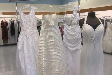 Goodwill Bridal Sale Offers New Dresses For Dirt Cheap,How To Choose A Wedding Dress Silhouette