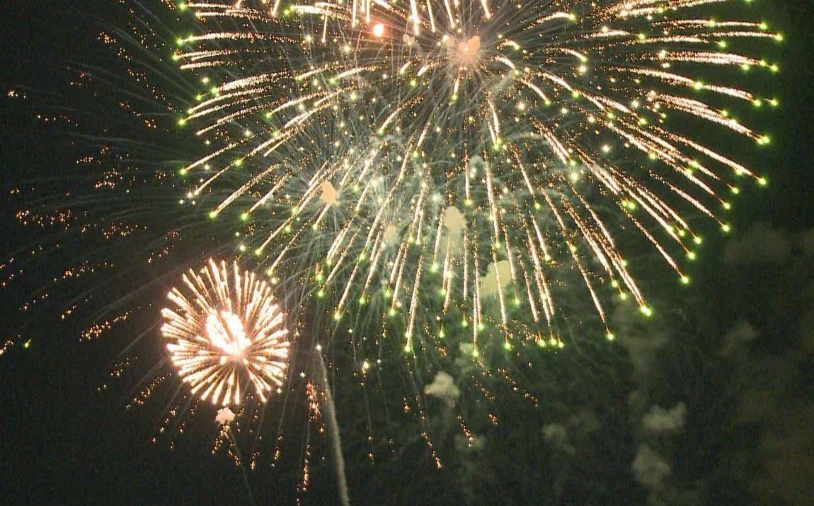 fireworks_393678