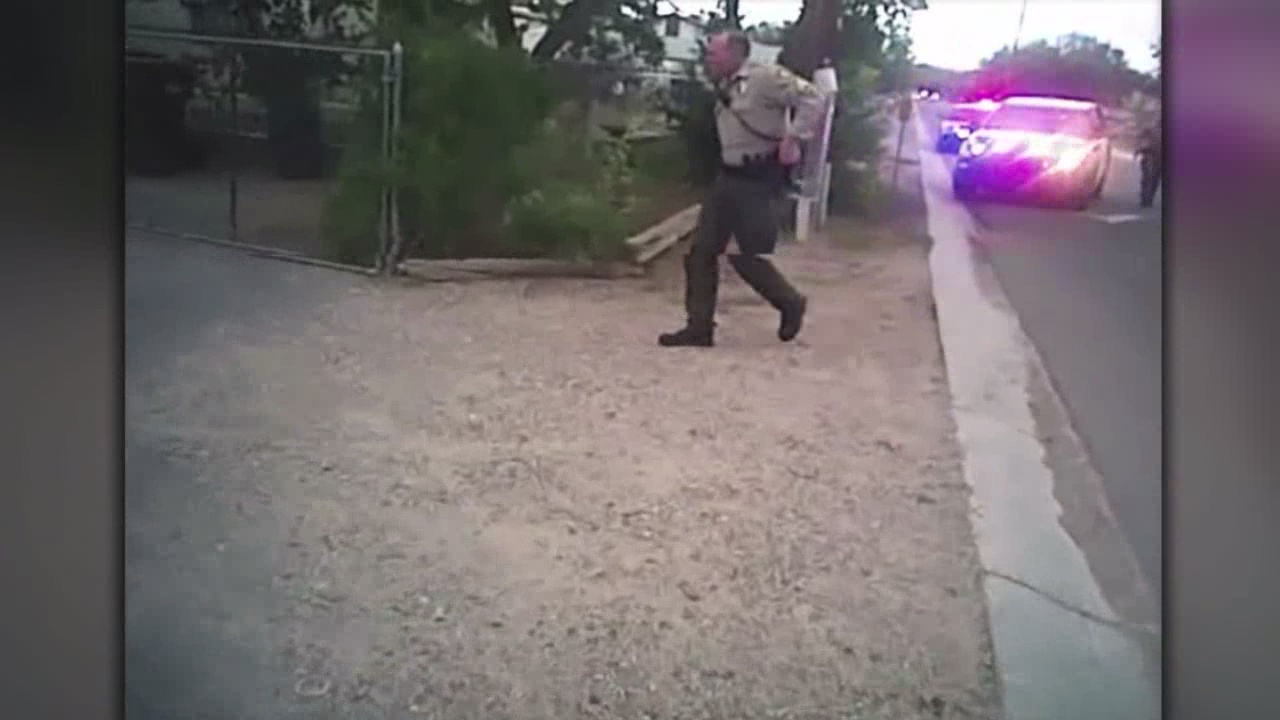 Police video shows man's arrest in road rage incident_447884