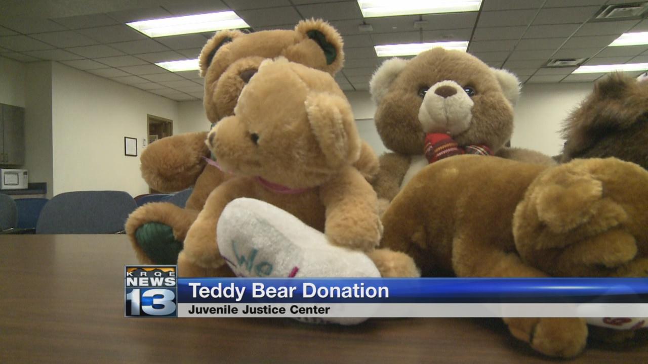 teddy-bear-donation_462154