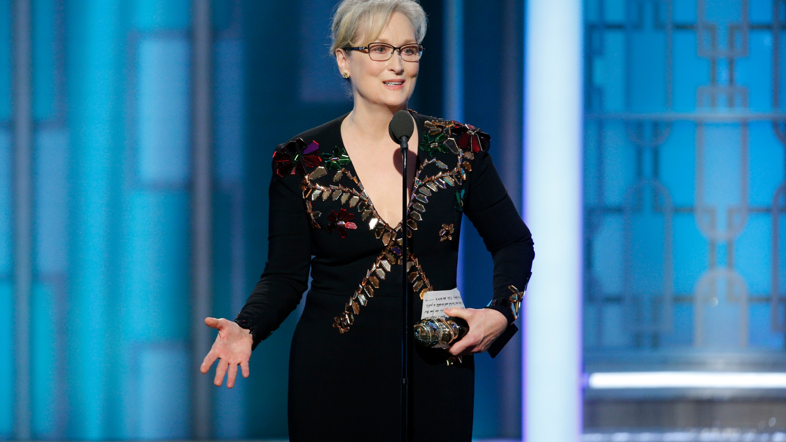 APTOPIX The 74th Annual Golden Globe Awards - Show_504080