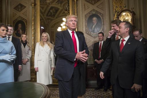 Donald Trump, Melania Trump, Tiffany Trump, Reince Priebus, Donald McGahn_510792