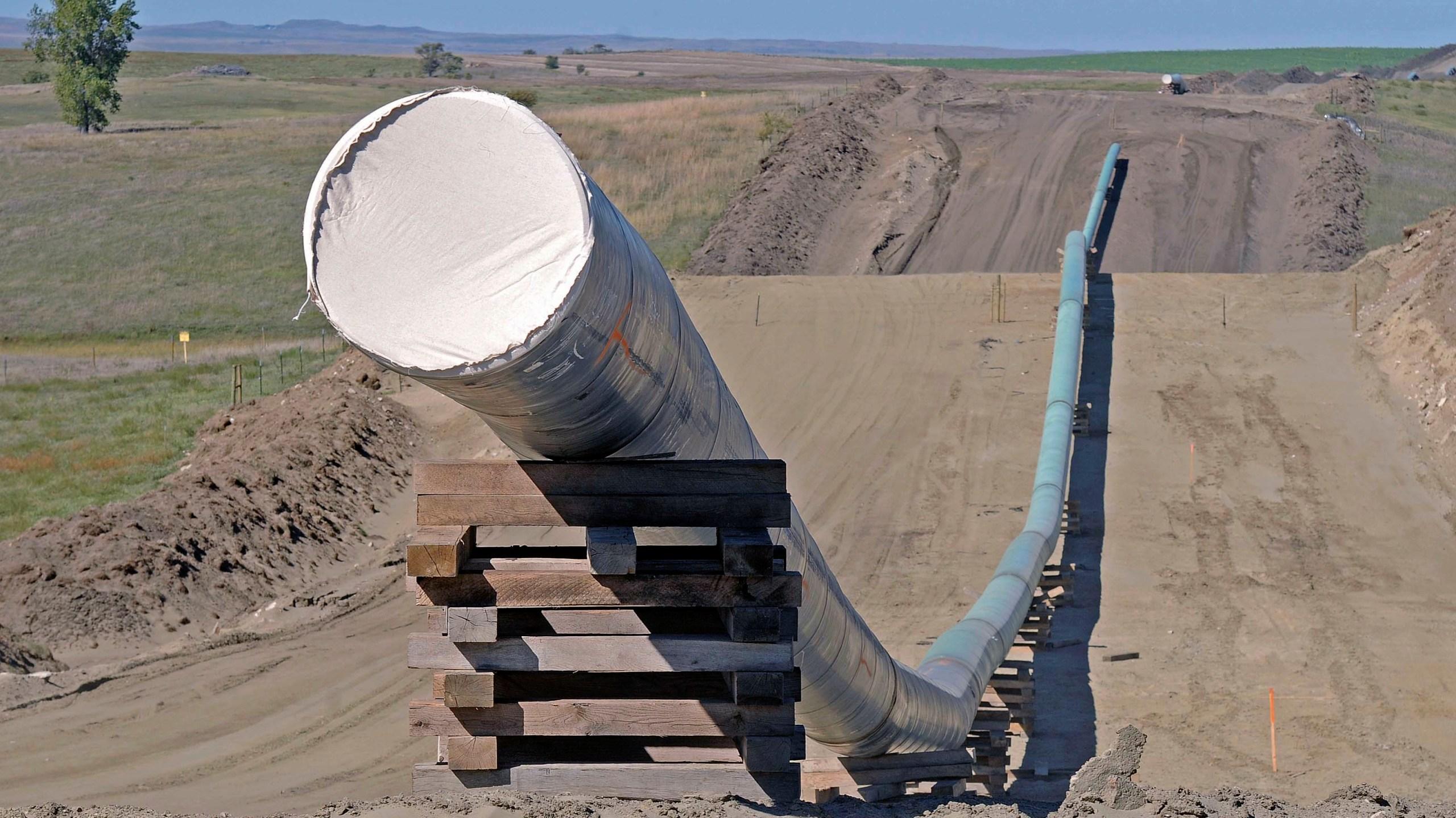 Oil Pipeline_509200