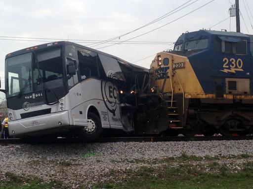 APTOPIX Train Bus Accident_546767
