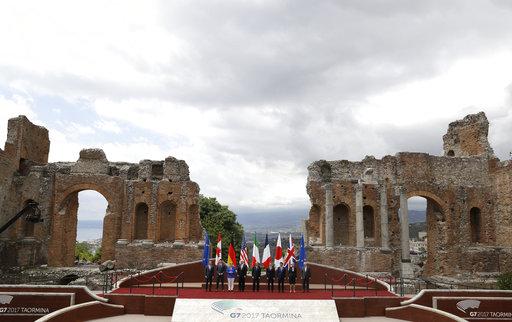 Italy G7_601179