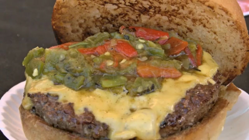 green-chile-cheese-burger-contest_437522