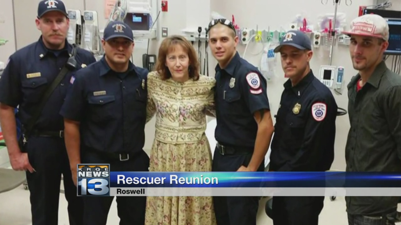 Roswell woman meets first responders who saved her_669586