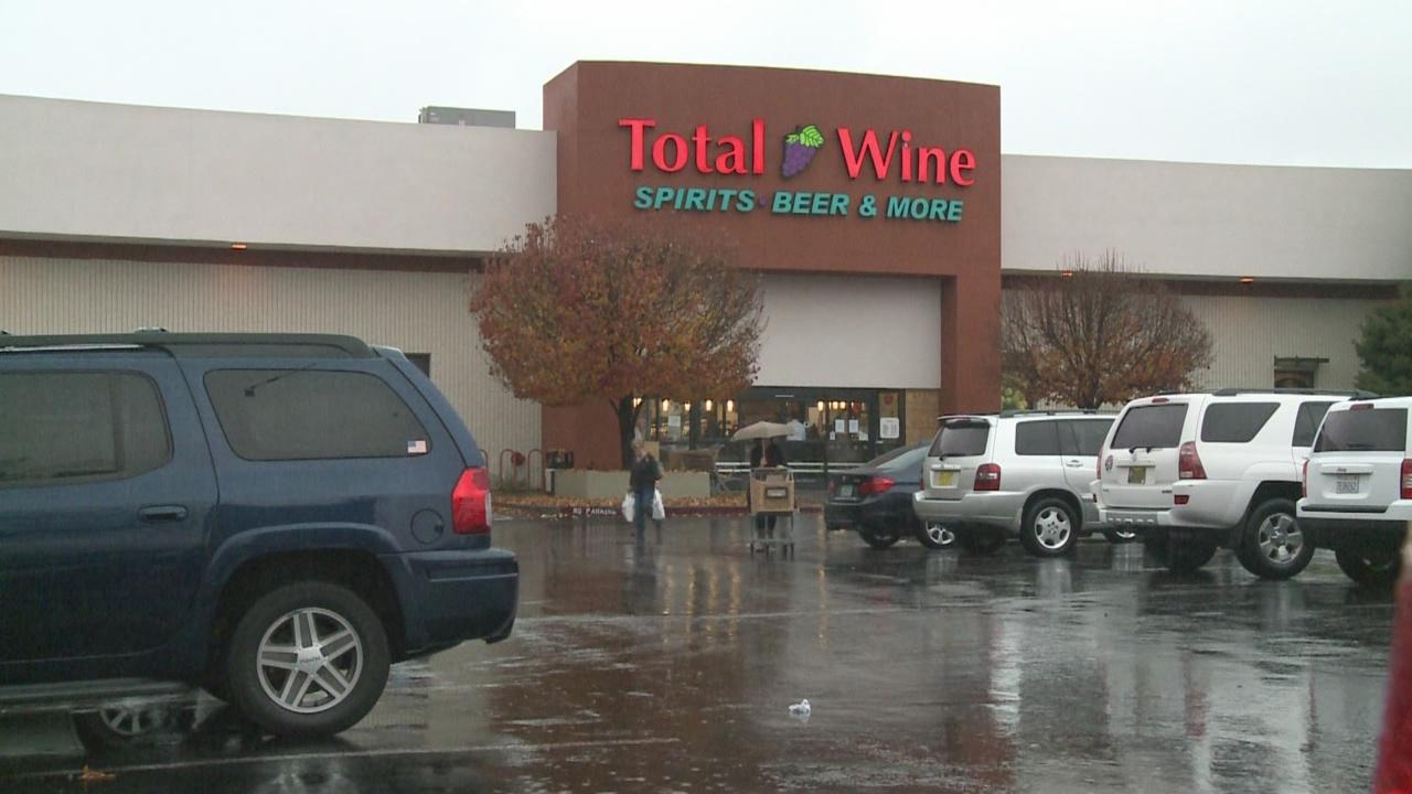 Total Wine_677141