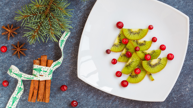 healthy-christmas-holiday-meal_1512687951187_321852_ver1-0_30005448_ver1-0_640_360_743803
