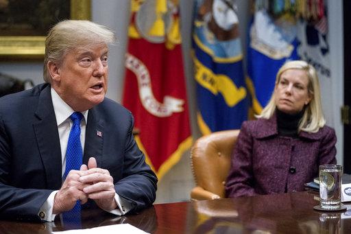 Donald Trump, Kirstjen Nielsen_763903