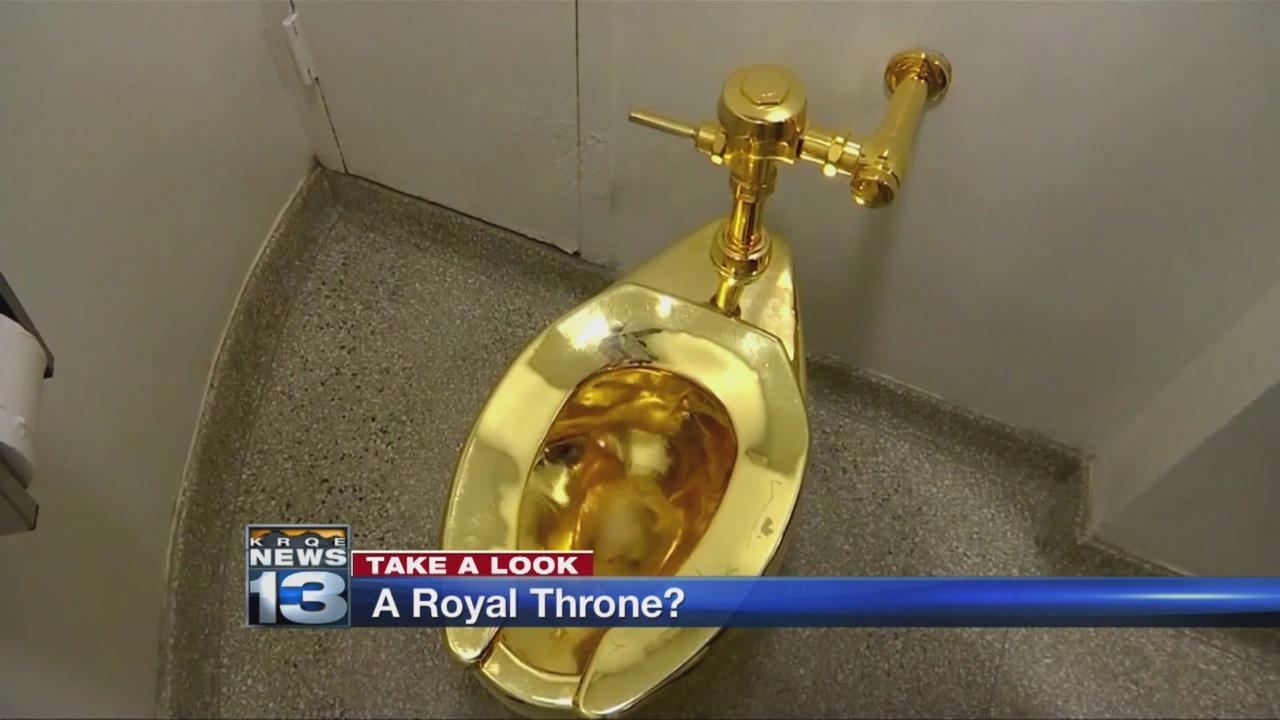 trump toilet_778065
