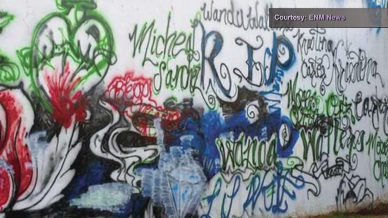 controversial mural_797757