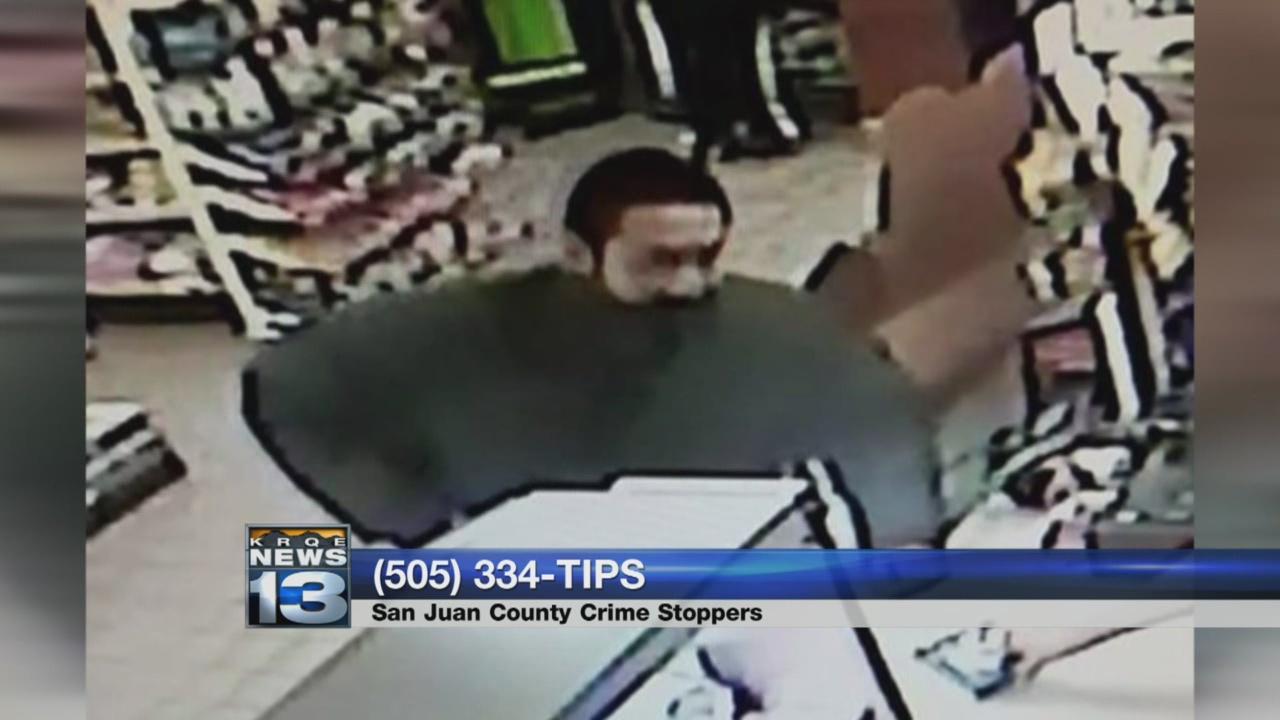 Deputies ask for help identifying Kirtland robbery suspect_787847