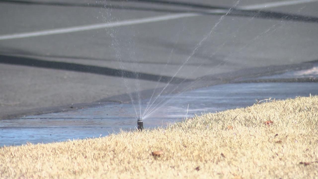 winter water sprinklers drought_780379