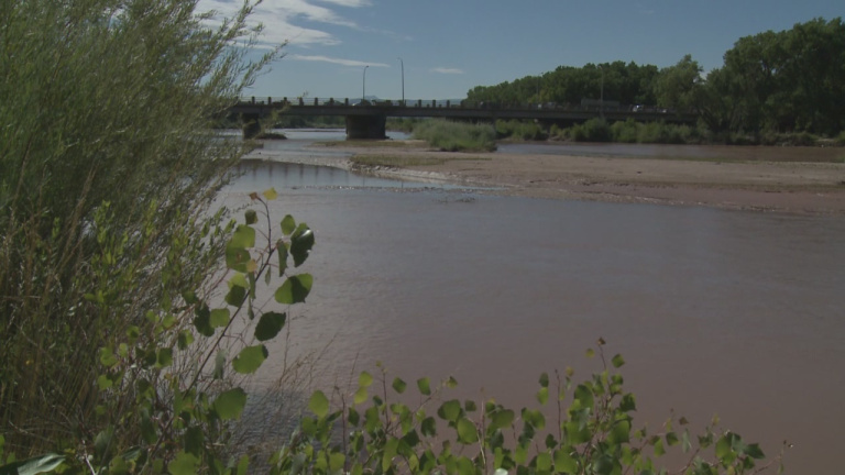 crews-to-restore-river-habitat-along-rio-grande_1520300461537.jpg