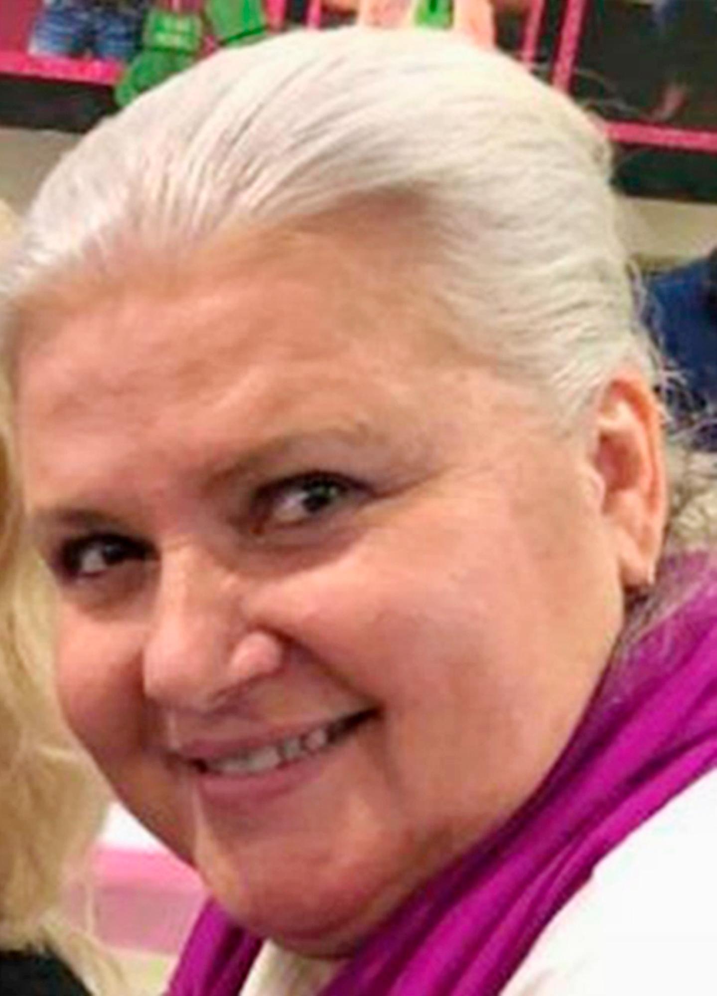 Husband Killed Fugitive Iowa_1524223498387