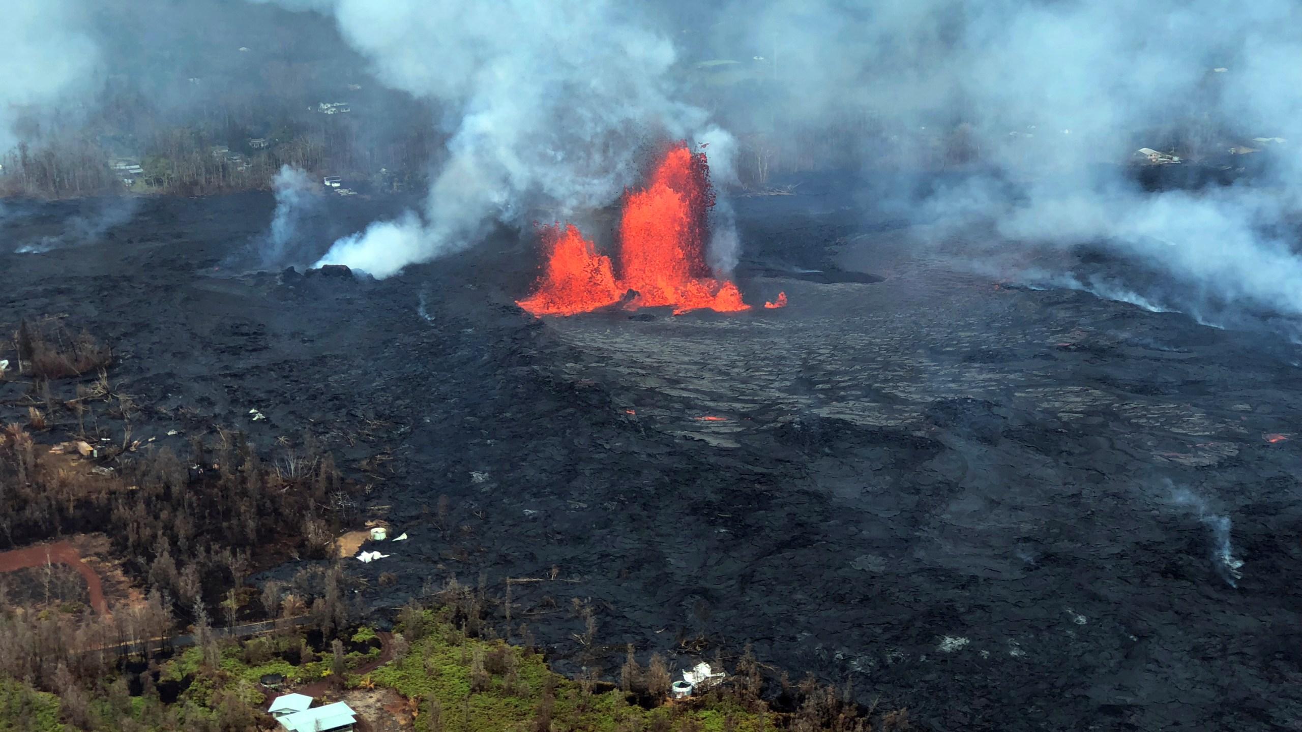 APTOPIX_Hawaii_Volcano_07637-159532.jpg49108621