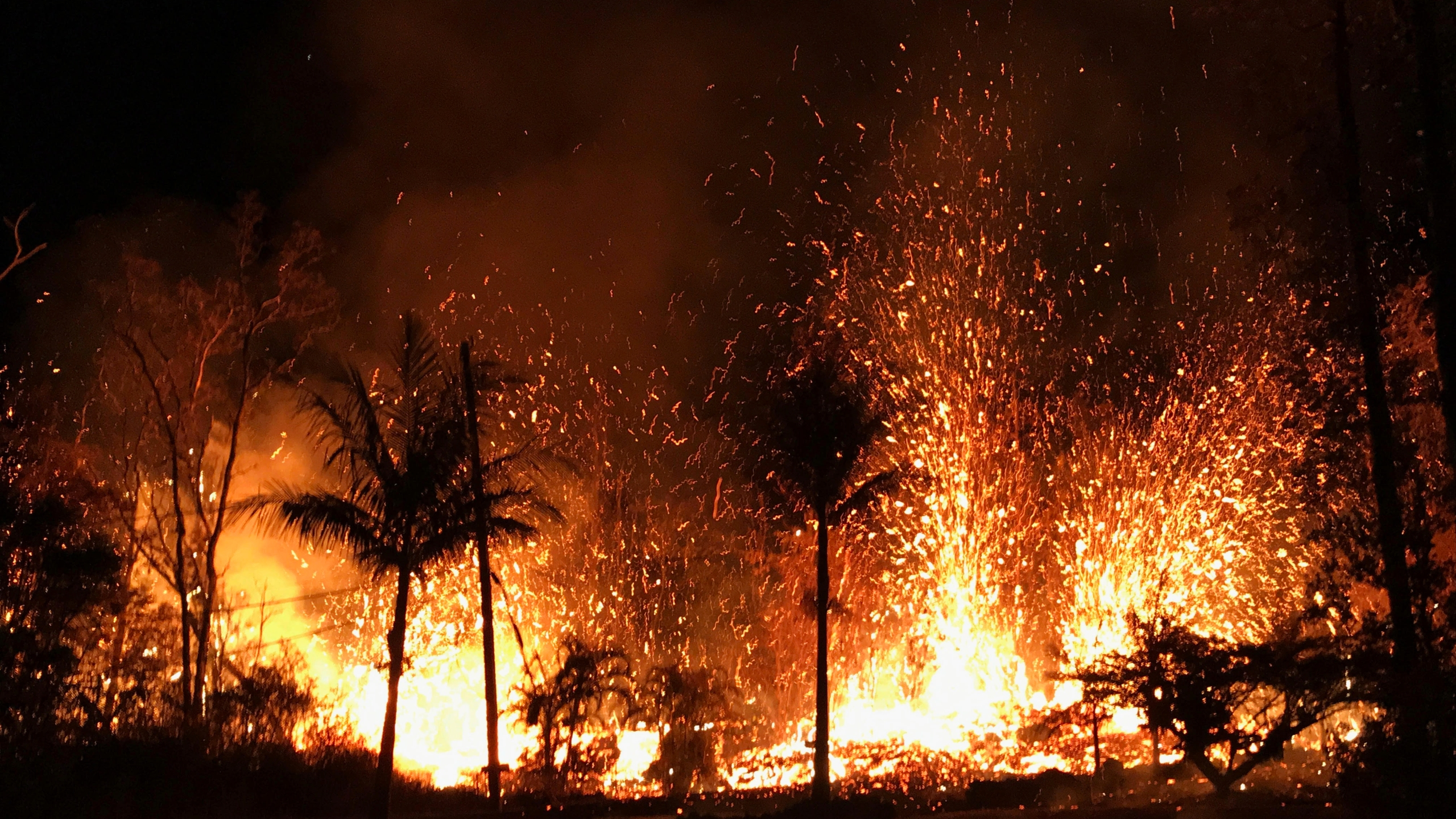 Hawaii_Volcano_18924-159532.jpg86937656