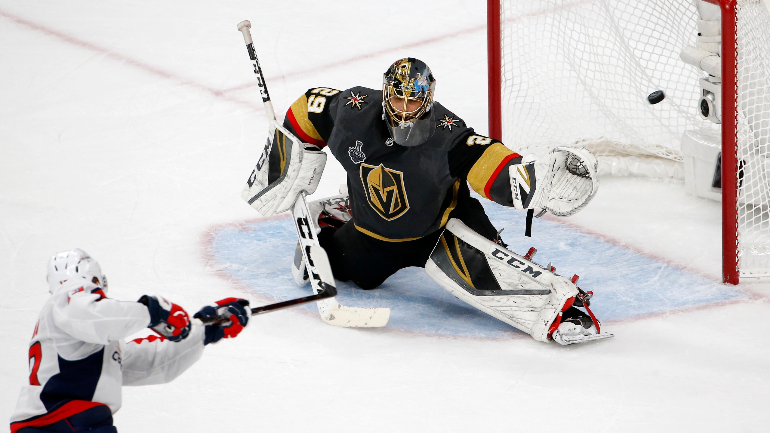 Stanley_Cup_Capitals_Hockey_58246-159532.jpg98912102