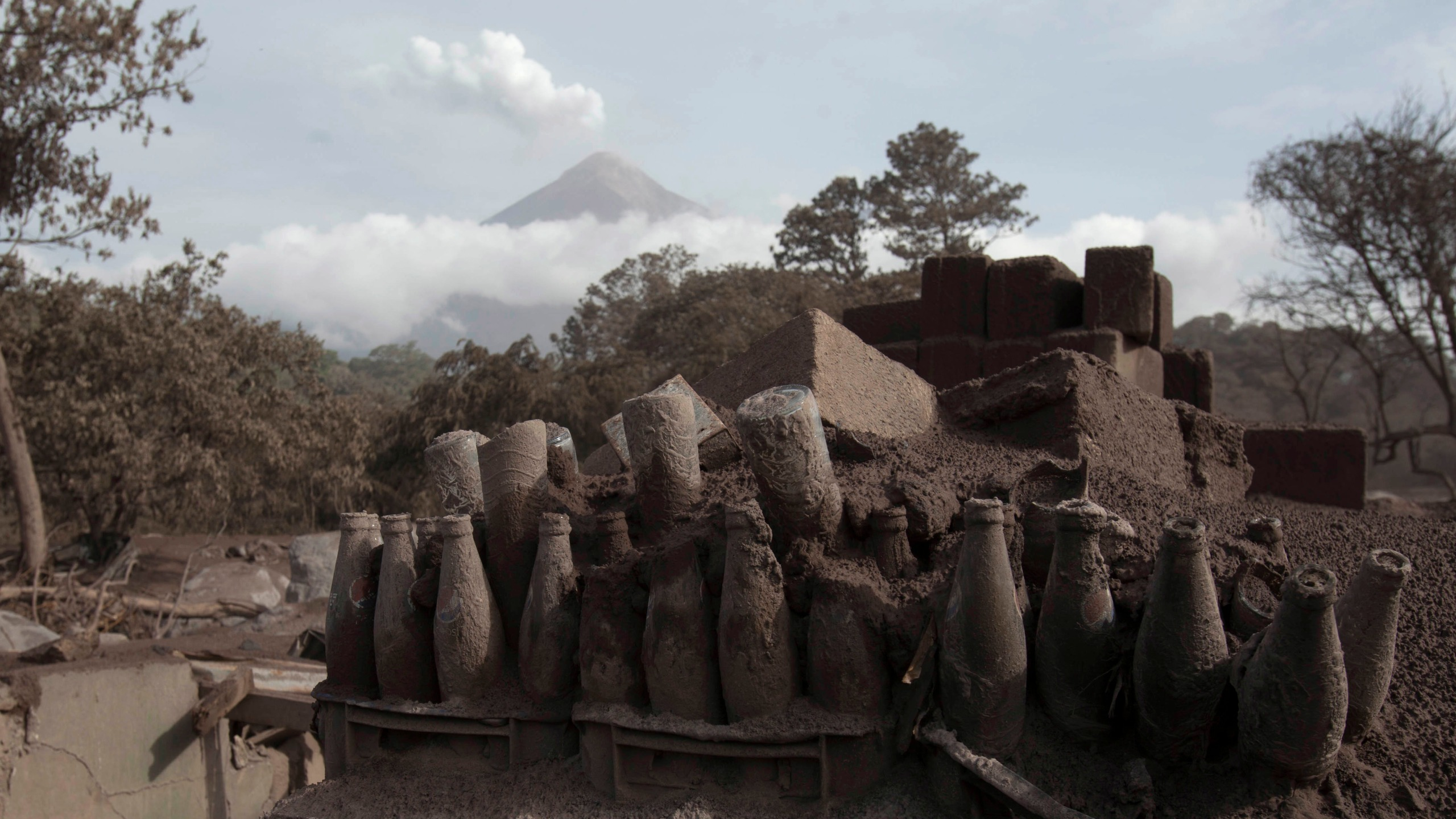 APTOPIX_Guatemala_Volcano_58995-159532.jpg60608897