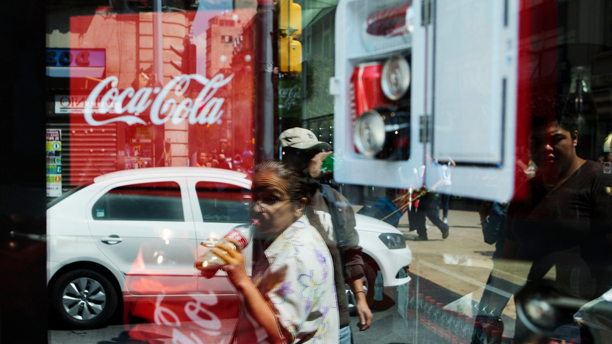 Mexico Cola Crisis_1528941482132