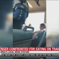 Passenger_confronted_for_eating_on_train_0_20180628003131-846653543