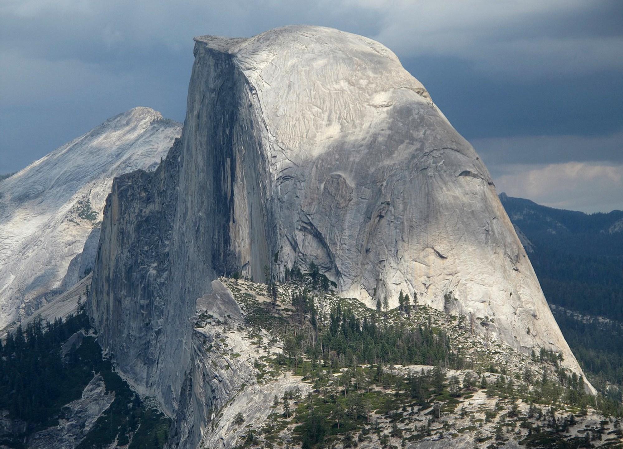Yosemite Fatal Fall_1527074764961