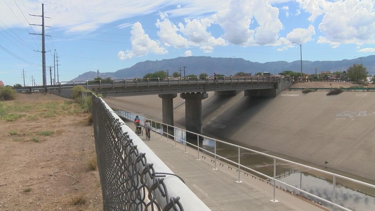 Dead body in Albuquerque arroyo; police investigate homicide_1531697830172.jpg.jpg