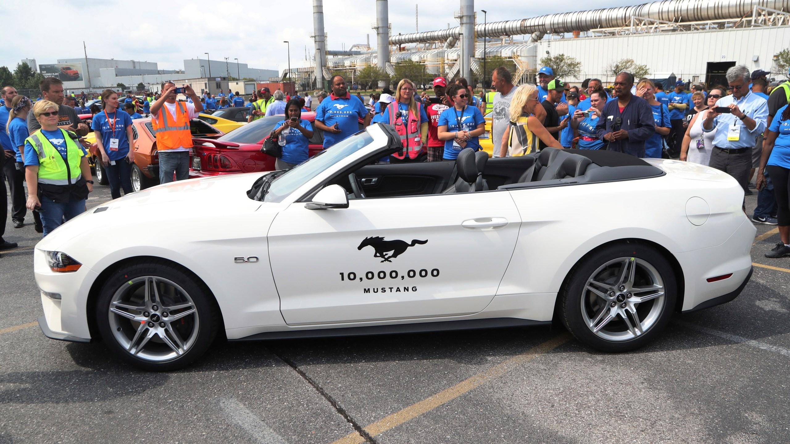 APTOPIX 10 Millionth Mustang_1533818936867