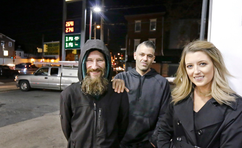 Helpful_Homeless_Man_40503-159532.jpg16169955