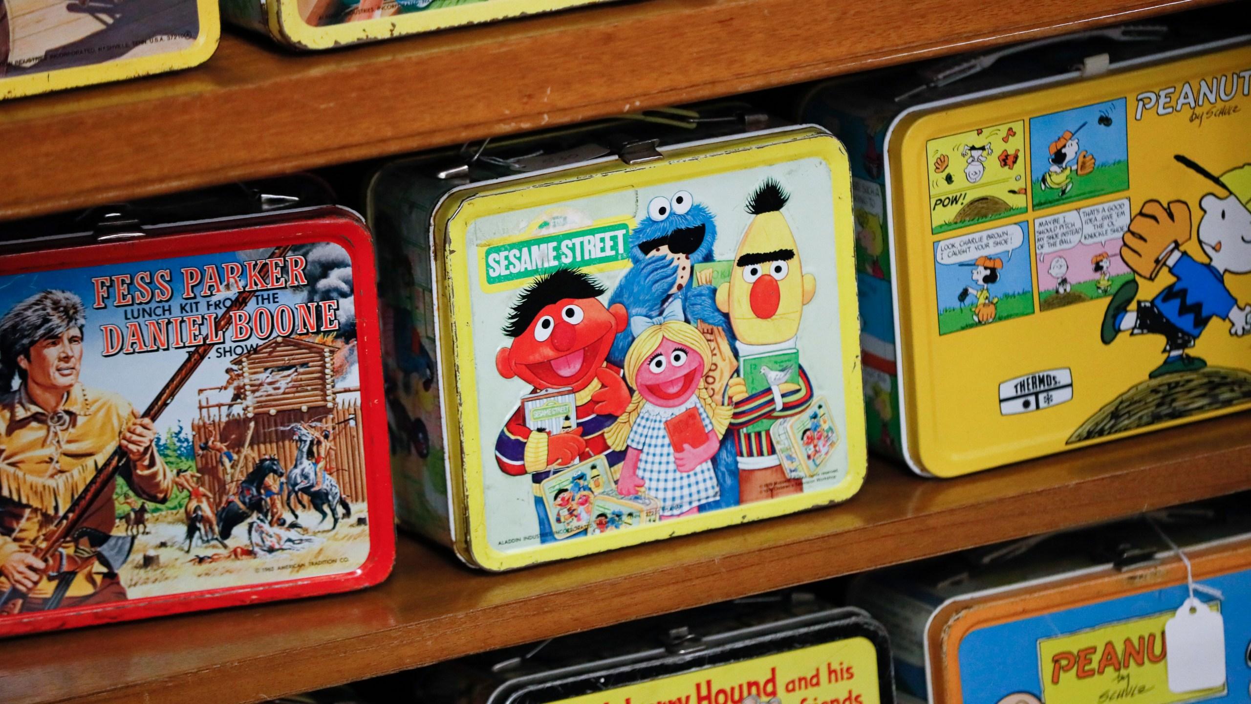 Lunchbox Auction_1538143482250