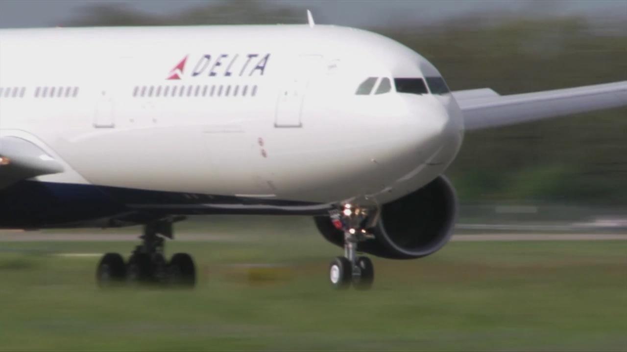 delta plane_1537963371503.jpg.jpg