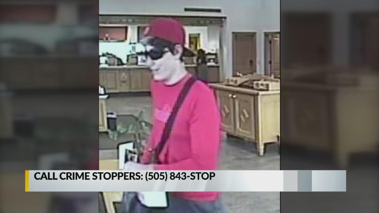 FBI asks for help catching Albuquerque bank robber_1542410285324.jpg.jpg