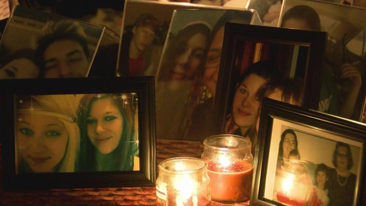 Family holds vigil for missing Albuquerque mother_1542431260372.jpg.jpg