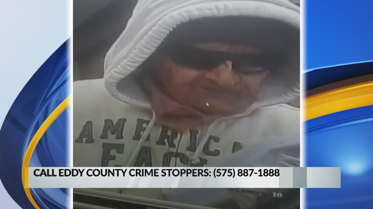 Feds ask for helping catching Carlsbad bank robber_1542670935500.jpg.jpg