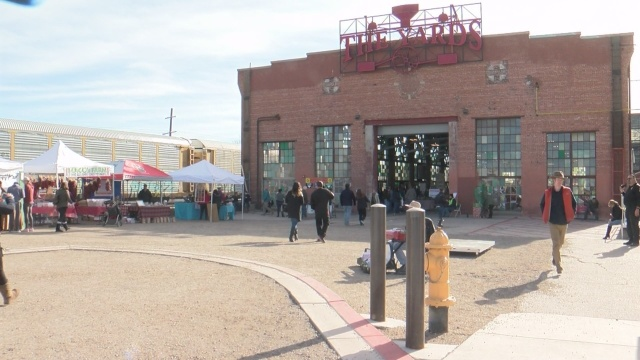 Shoppers flock to ABQ Rail Yards for annual Holiday Market