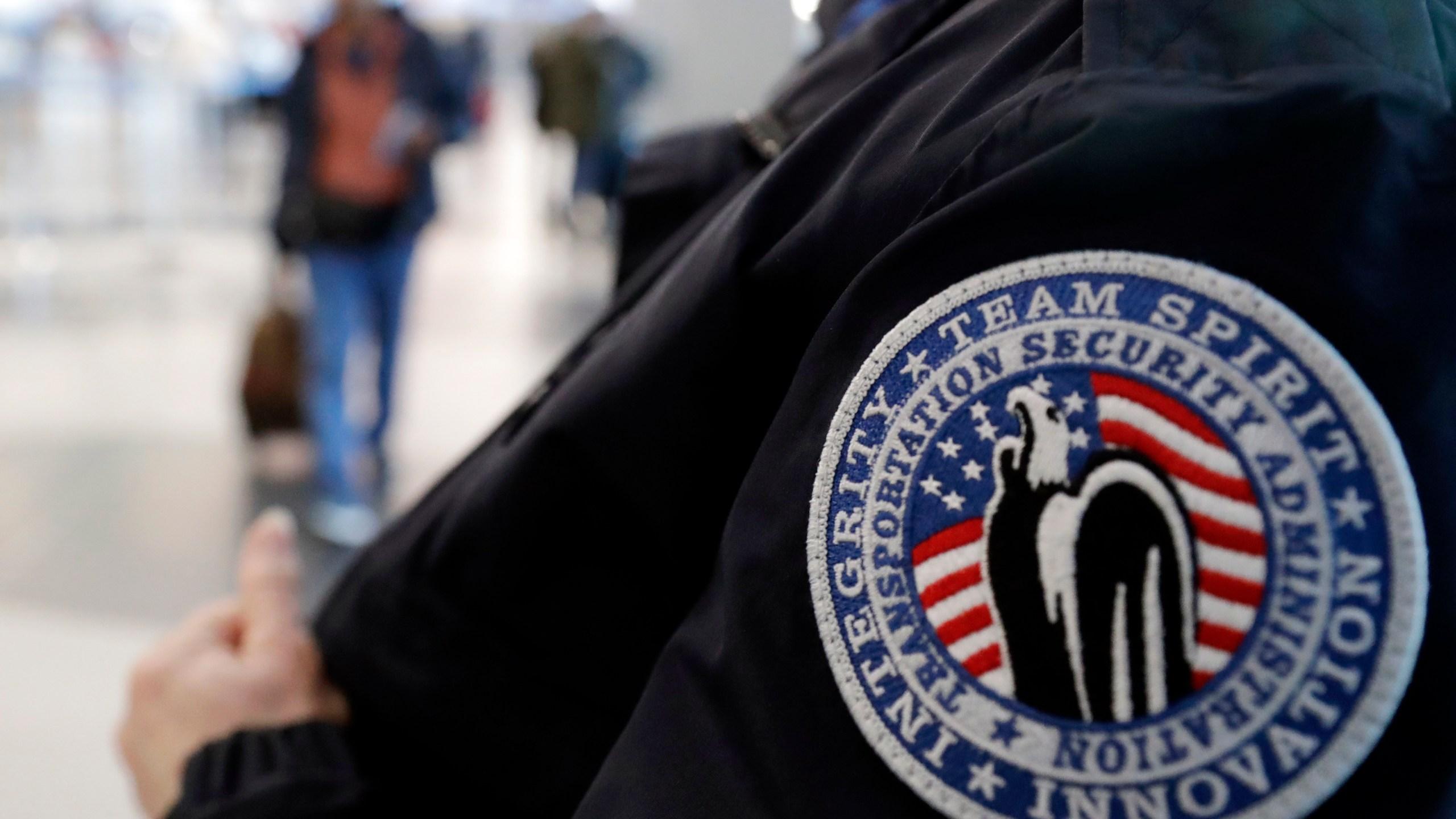 Government Shutdown Airports_1546717307243