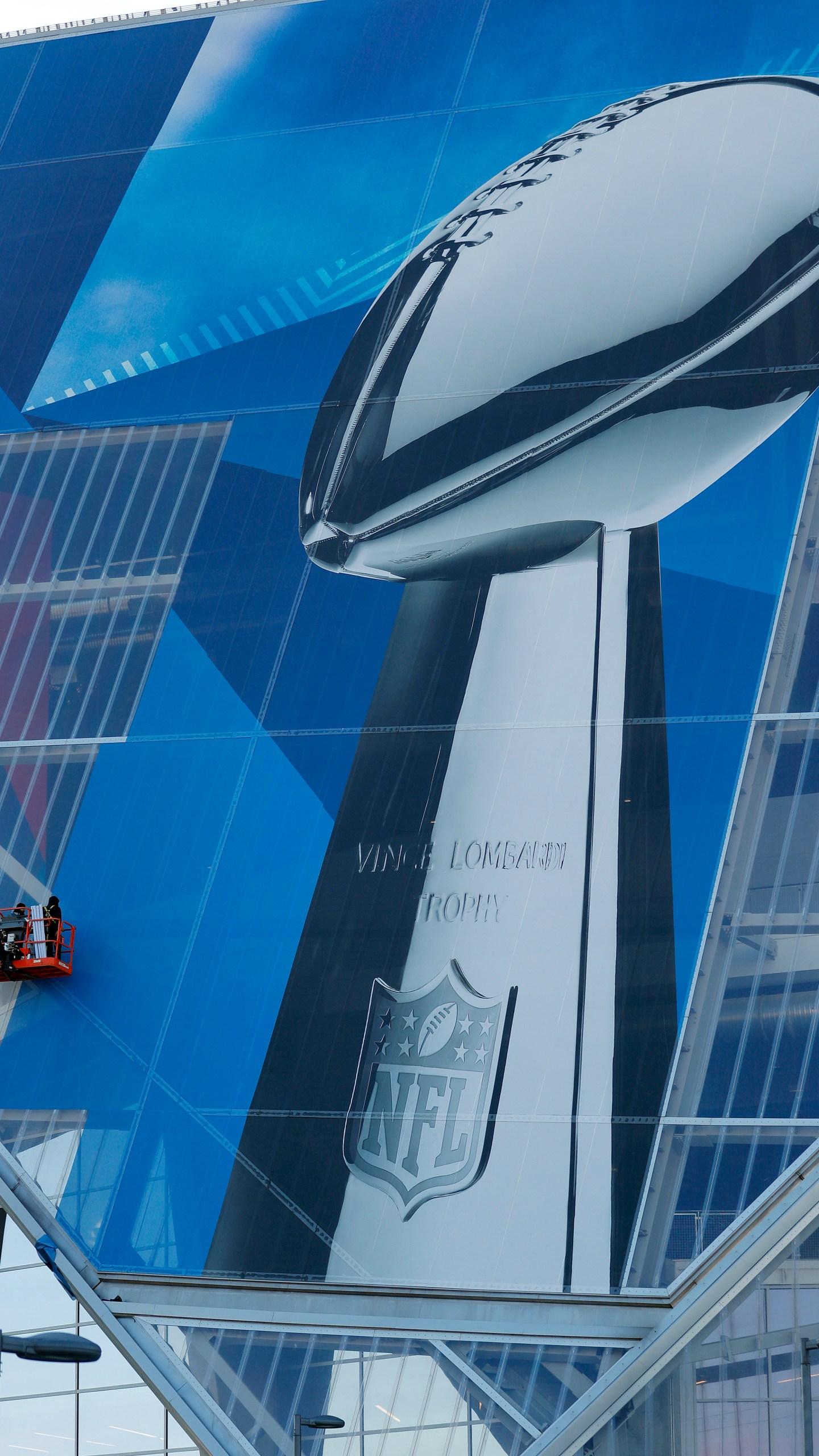 Super Bowl Prep Football_1548261585800