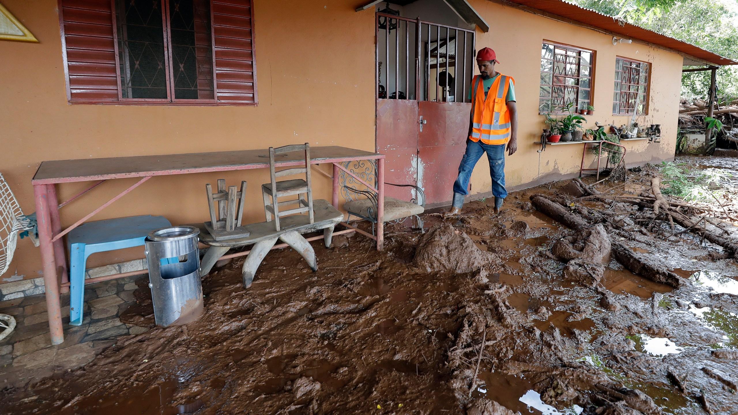 Brazil_Dam_Collapse_11883-159532.jpg10821912