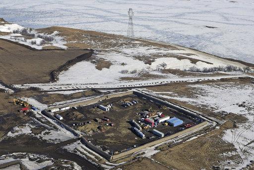 Oil Pipeline_550280