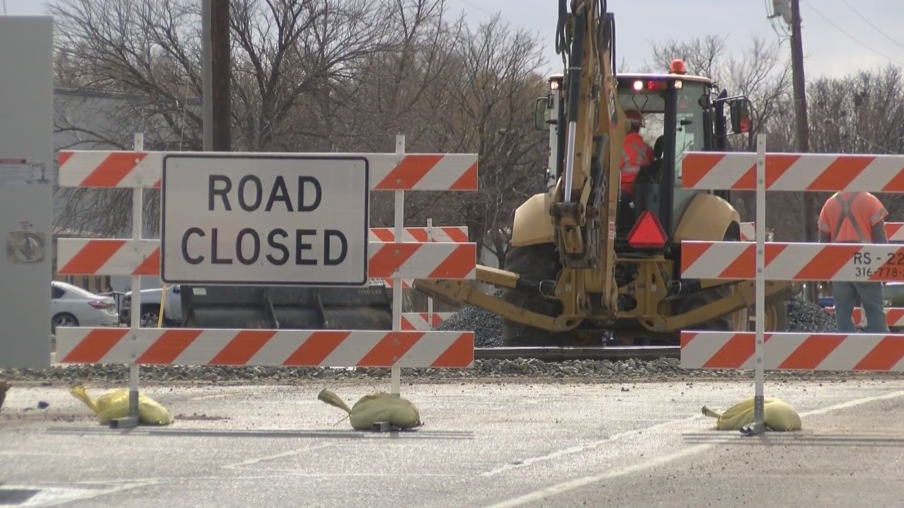 Railroad track maintenance to close multiple roads in Roswell_1549065722197.jpg.jpg