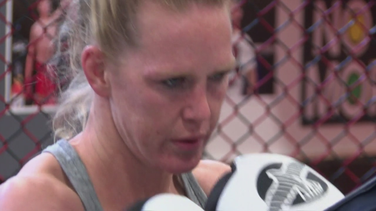 Holly_Holm_agrees_to_new_UFC_deal_0_20190321045409