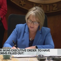 NM governor signs executive order to support census participation