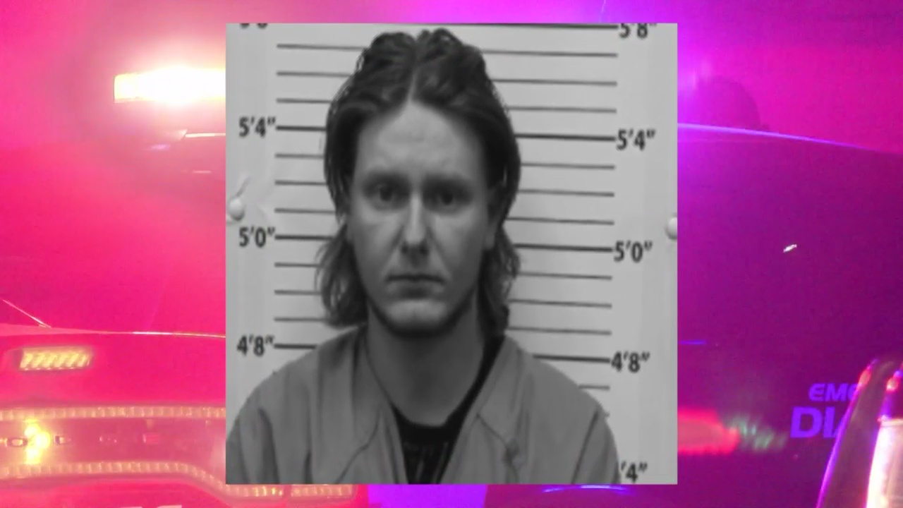 Albuquerque man charged with DWI after allegedly crashing into cars