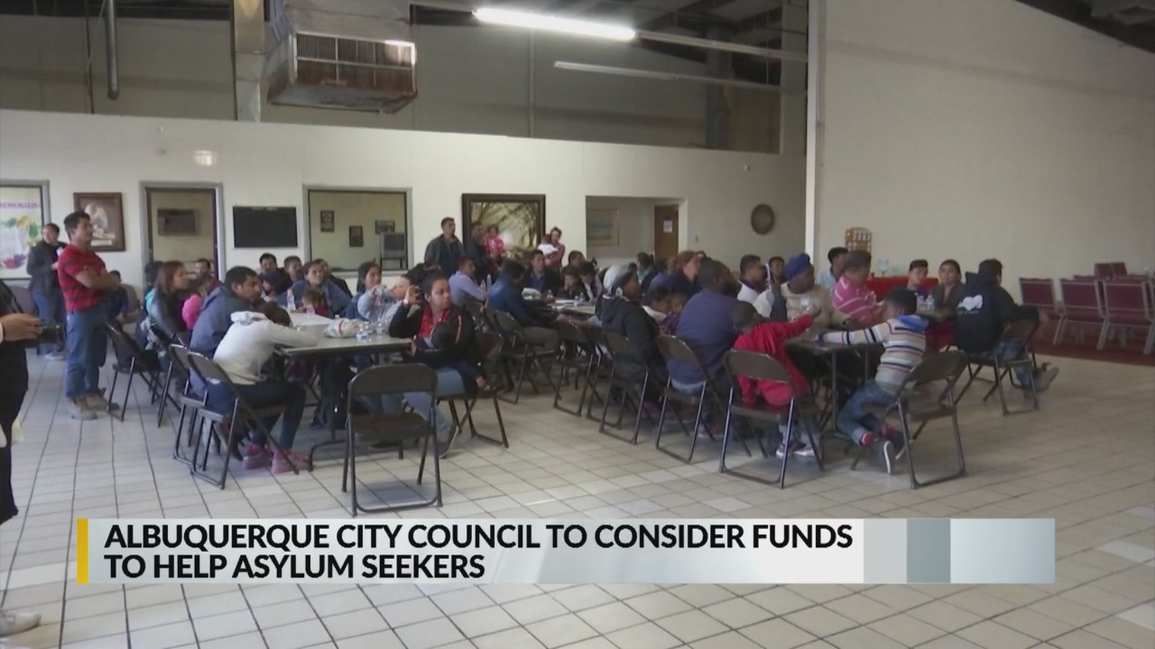 Albuquerque city council approves $250K in funding to help asylum seekers