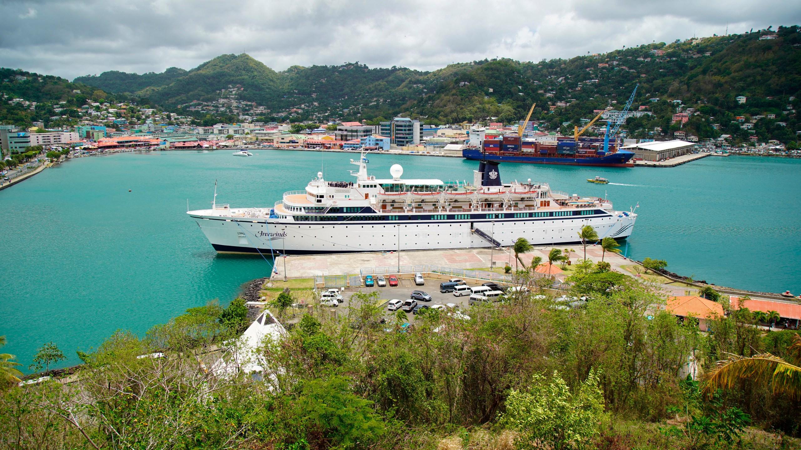 St_Lucia_US_Quarantined_Ship_34121-159532.jpg91531391